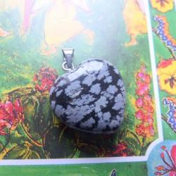 Pendentif coeur d'Obsidienne flocon ~ Equilibre